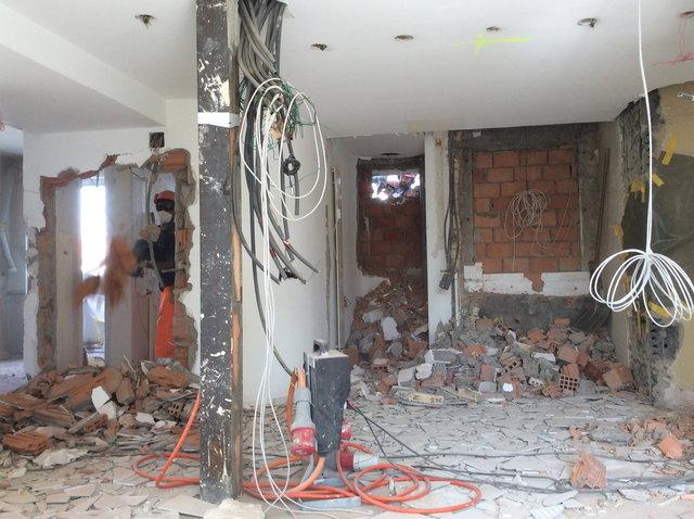 Wand- und Fensterdurchbruch