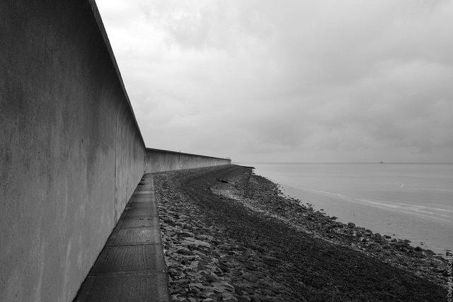 Dark Passage (Canvey Island), 2012