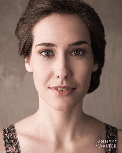 Fine art portretfoto vrouw © Janneke Walter, fotograaf Utrecht De Bilt, fine art fotografie, portretfotograaf, portret, foto, portretfotografie