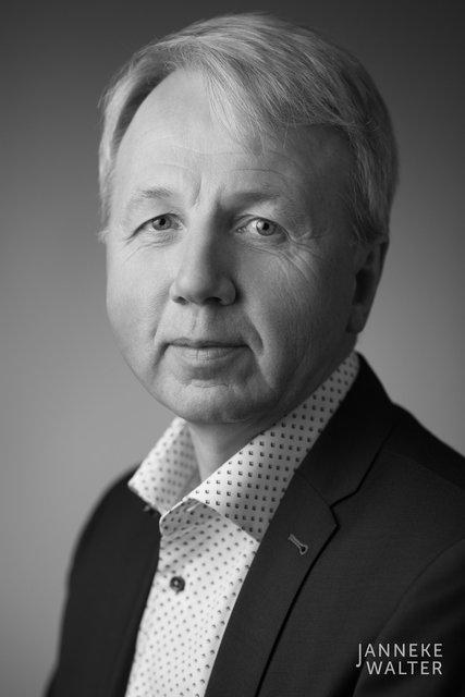 zakelijke portretfoto profielfoto man 7 © Janneke Walter, portretfotograaf Utrecht, De Bilt, portretfotografie, sociale media, LinkedIn, CV