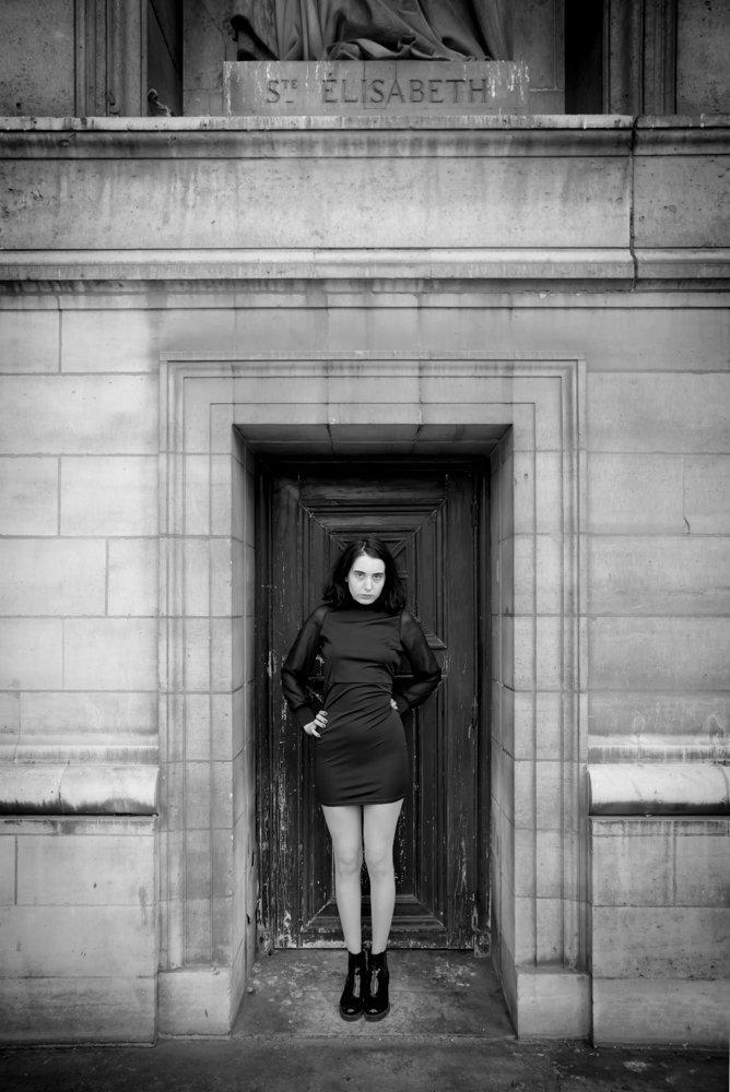 Zoe Mozart, Paris