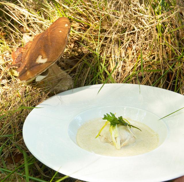 ©  6309023115 Bert Halman -  Soep van eekhoortjesbrood met Vechtdalvarken.jpg