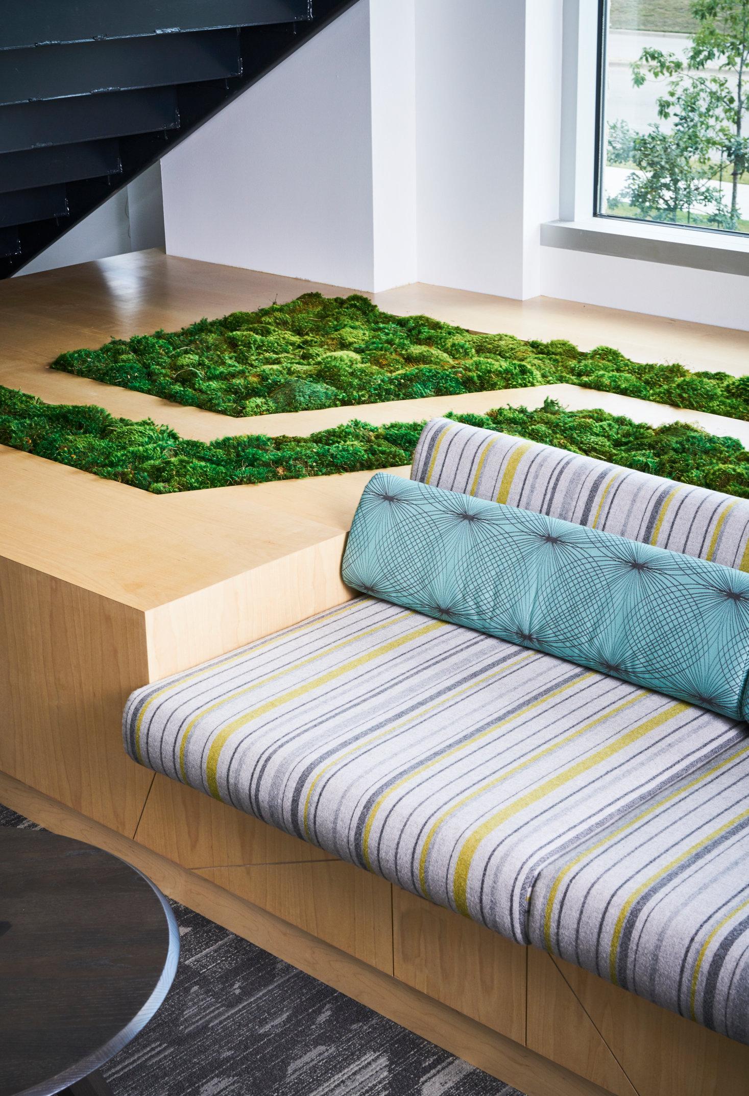seatgrassdetail.jpg