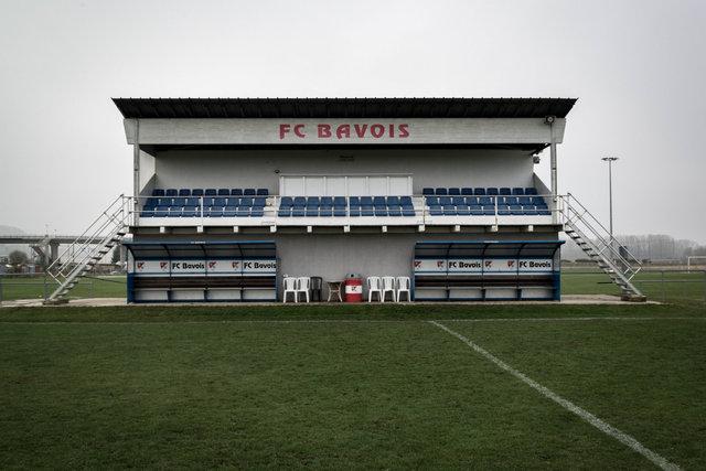 Stade des Peupliers, Haupttribüne