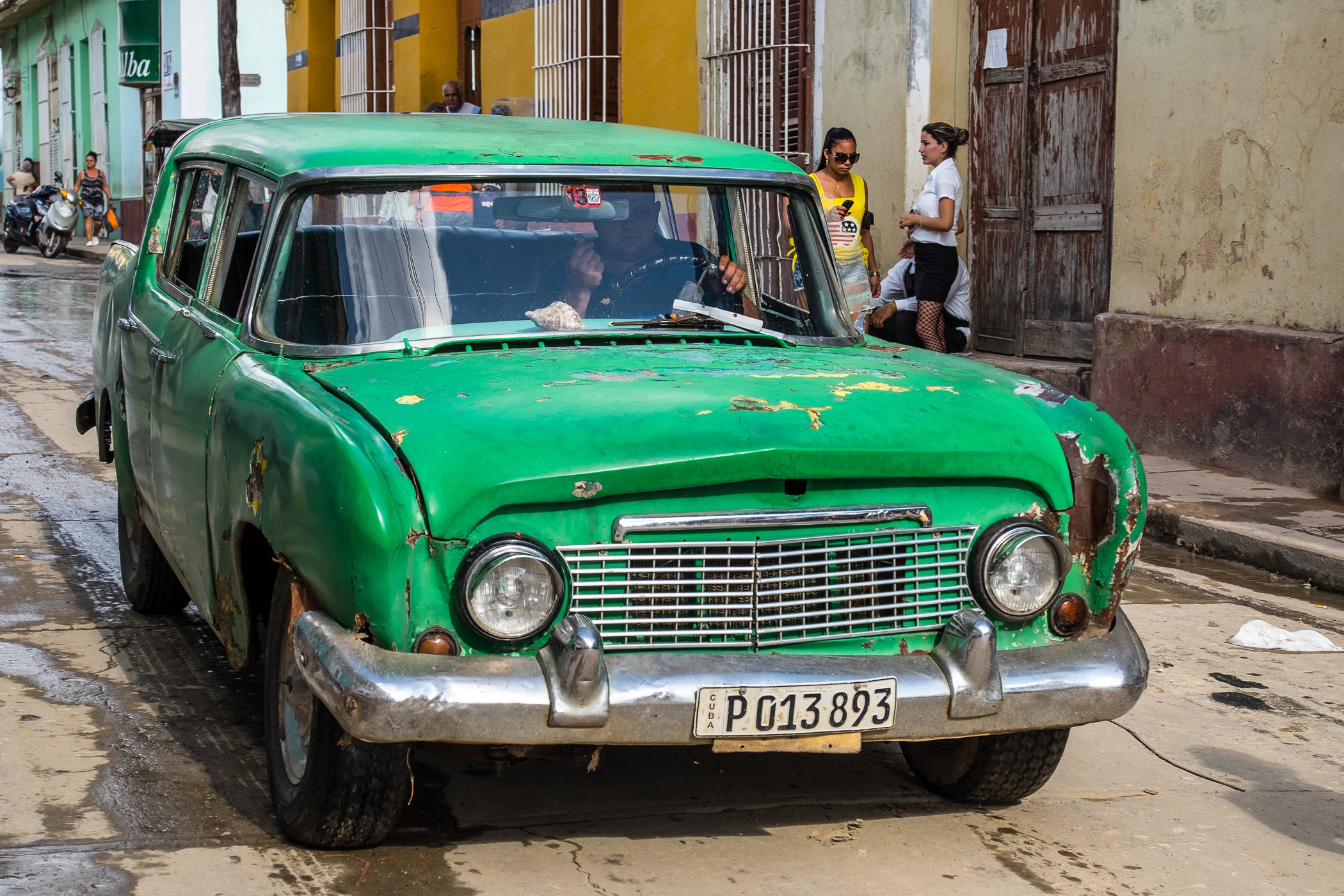 Cienfuegos Russian car