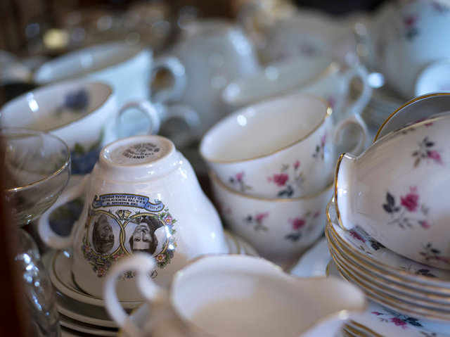 Teacups, 2017