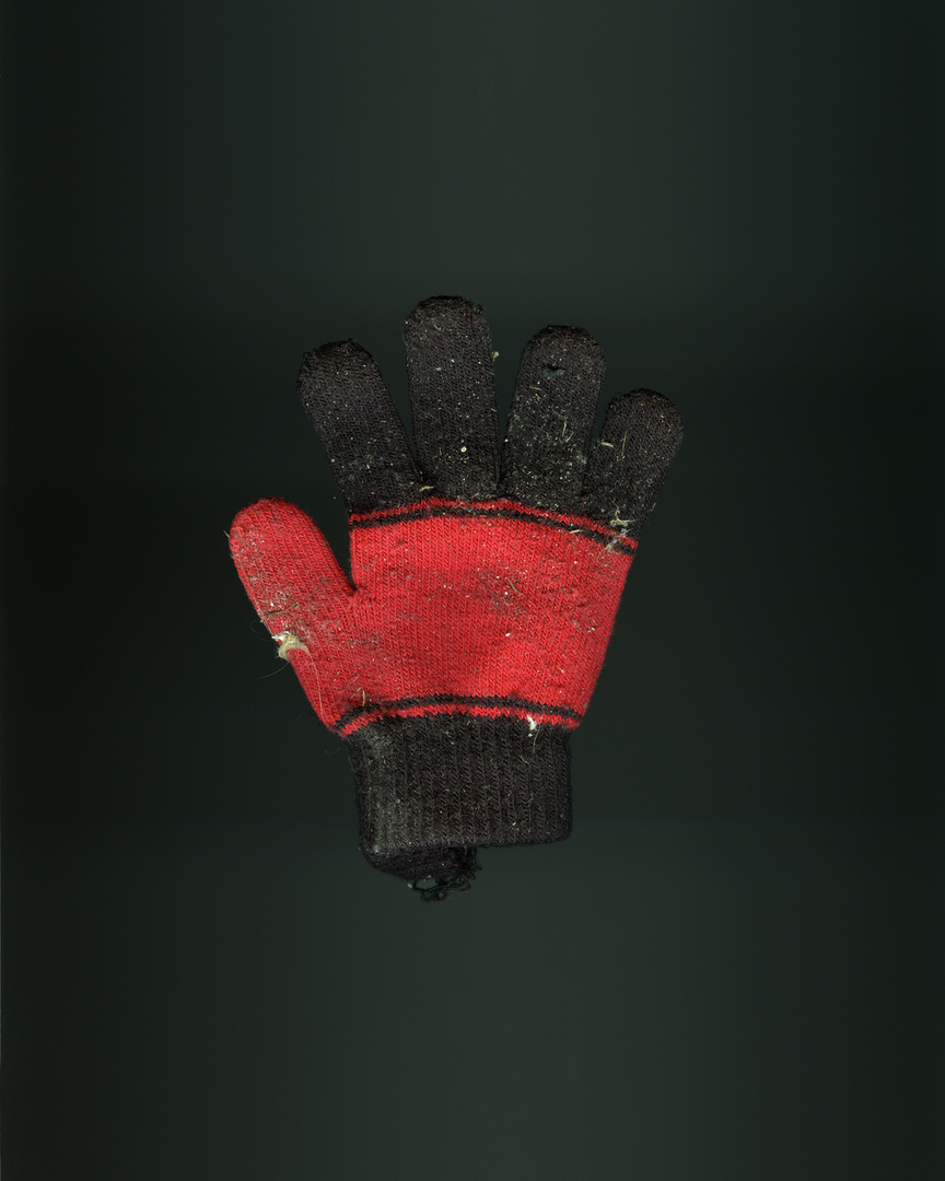 5_Glove_031 V1_FF.jpg