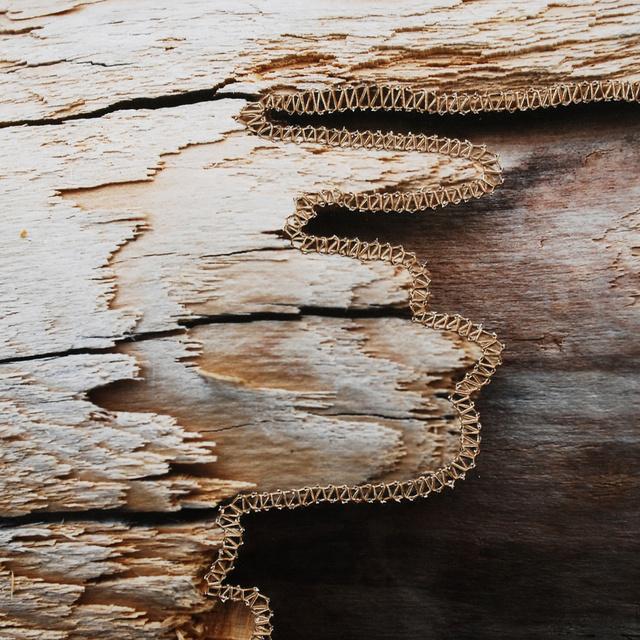 gebarsten hout.jpg
