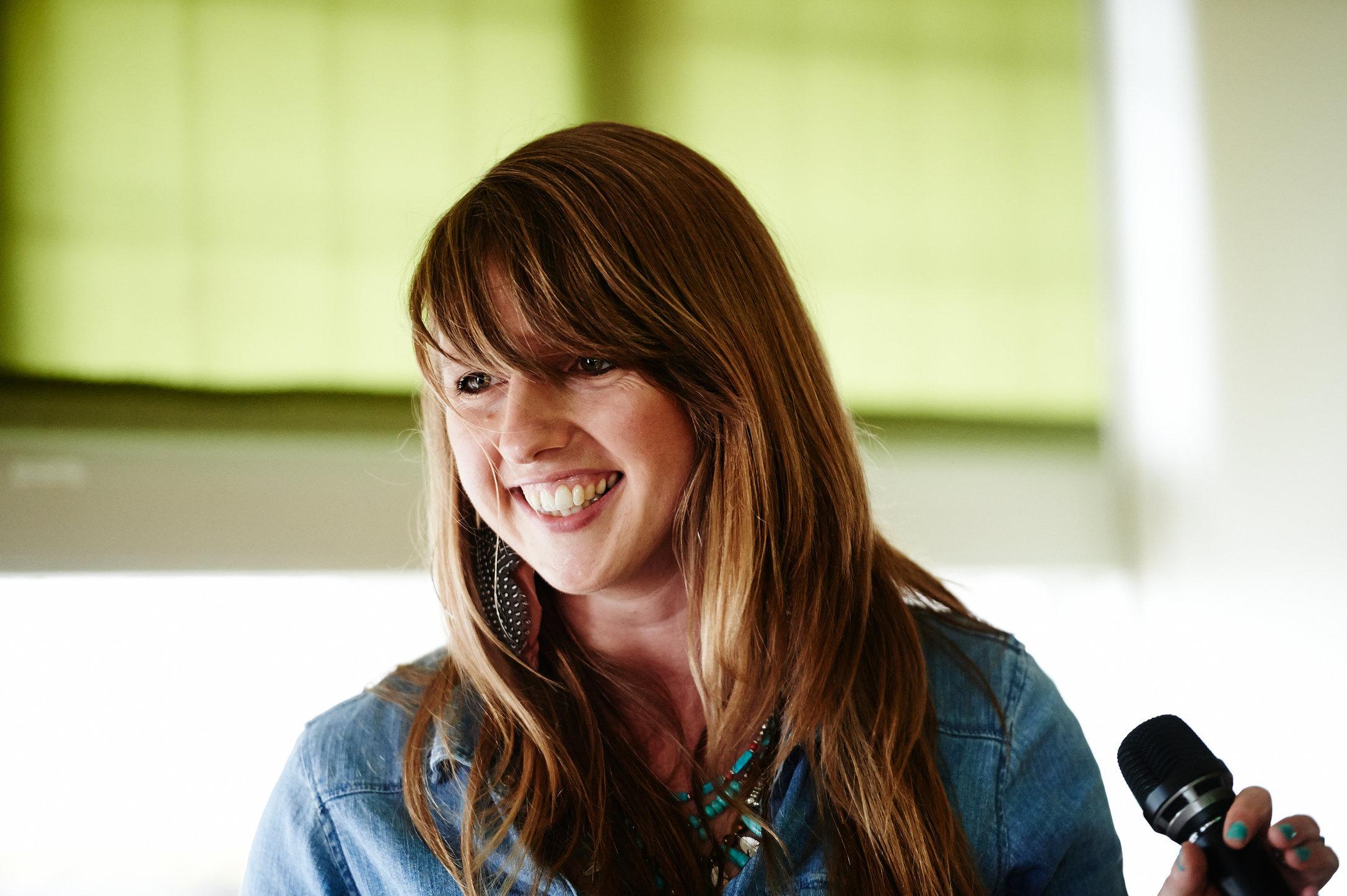 Lauren Dove