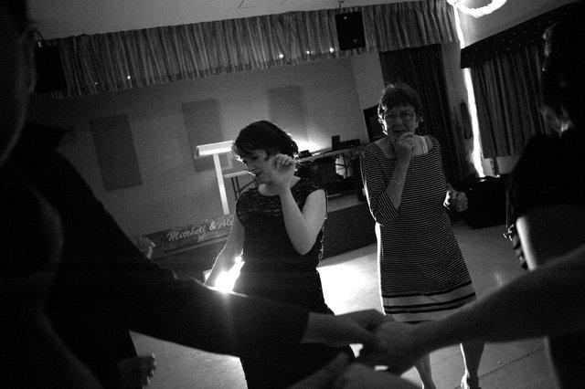 dance1bw.jpg