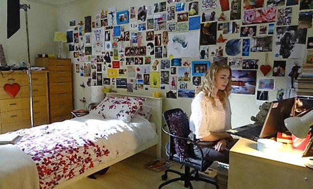 Liz's bedroom