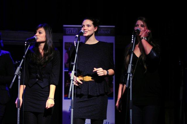 SKVR Popschool on stage