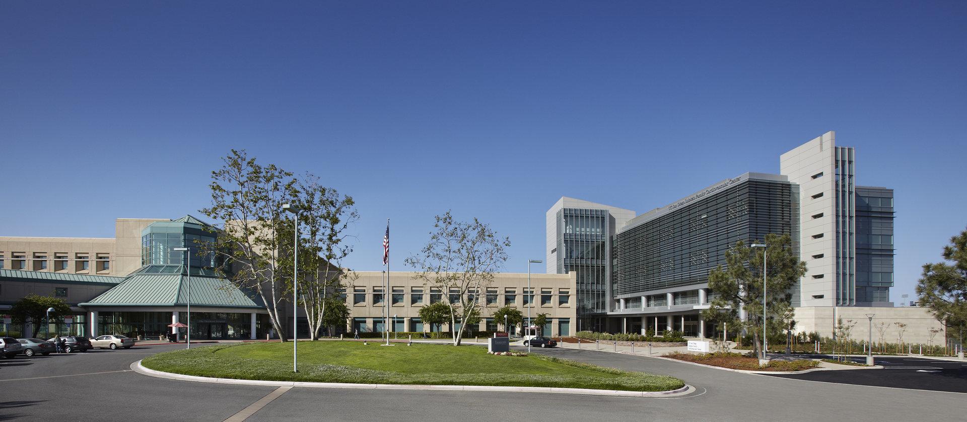 UCSDcvc_2hospitalEXT_VB.jpg