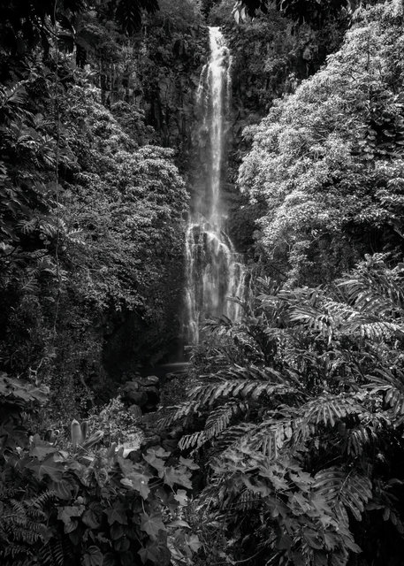 Waterfalls02.jpg