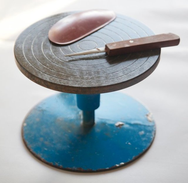 Banding wheel or Turn Table