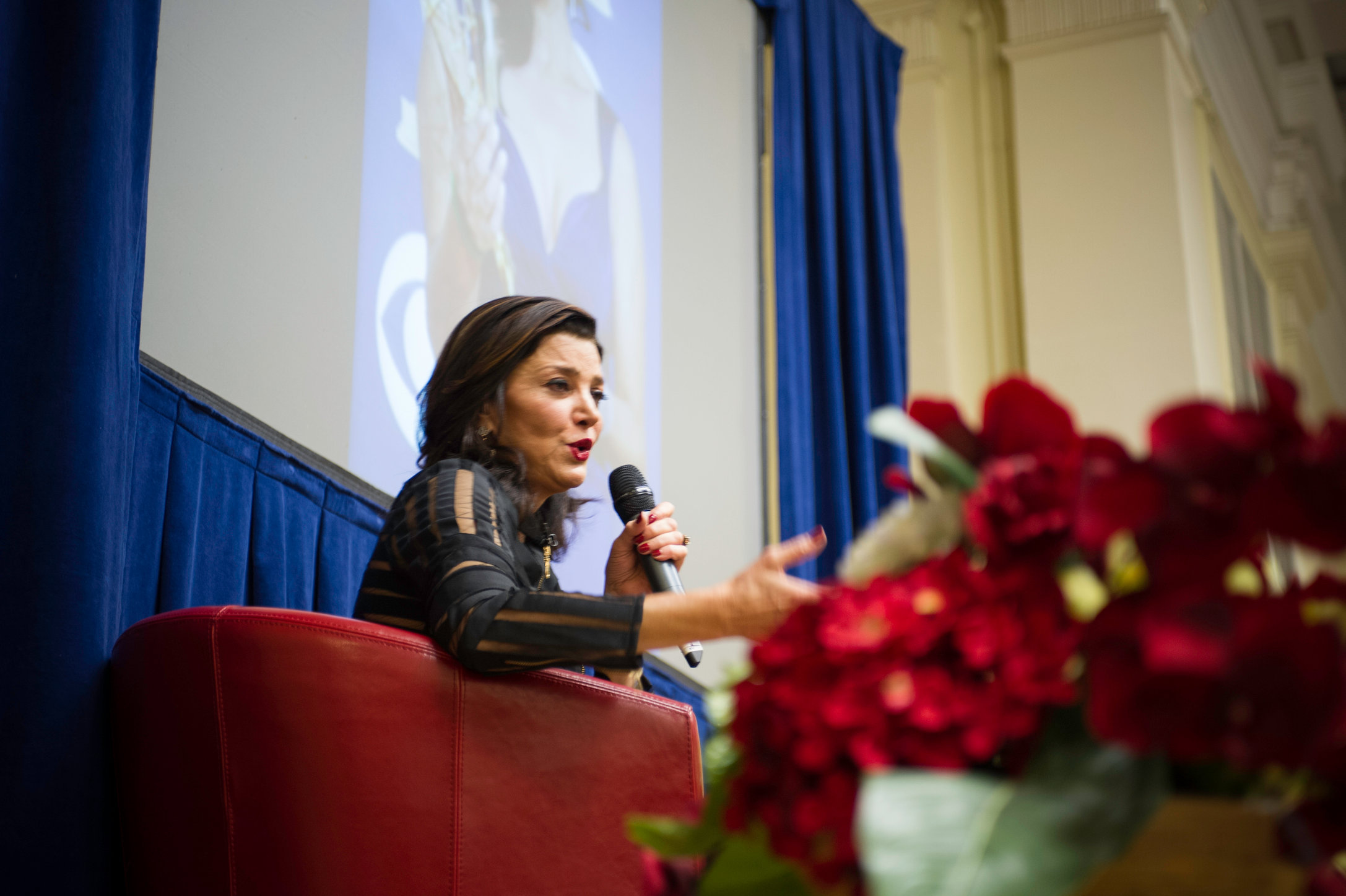 Ludovic_Robert_Photographer_Aneveningwith_Shohreh_Aghdashloo_November_2013-20131129-0333.jpg