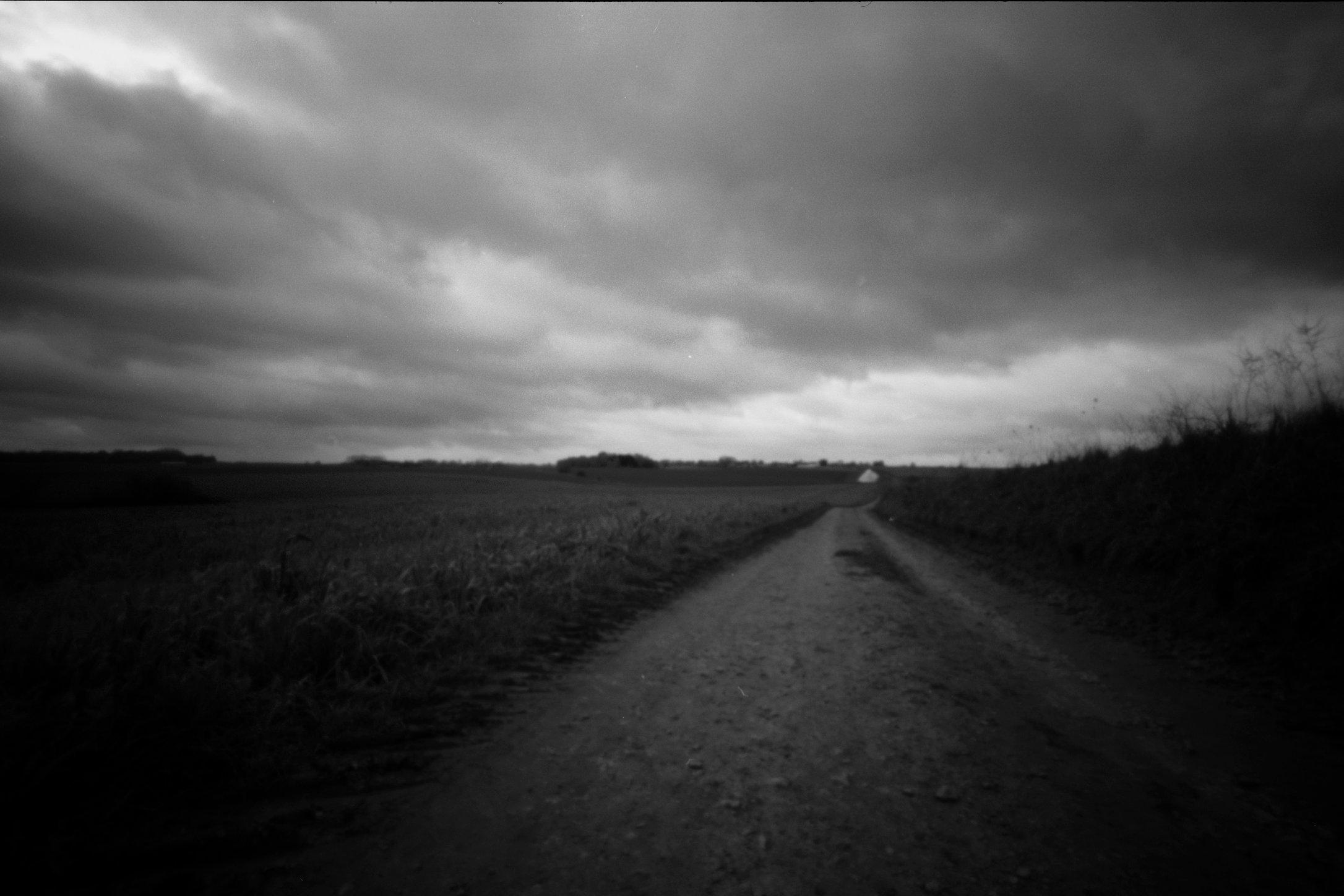 Valley between the lines