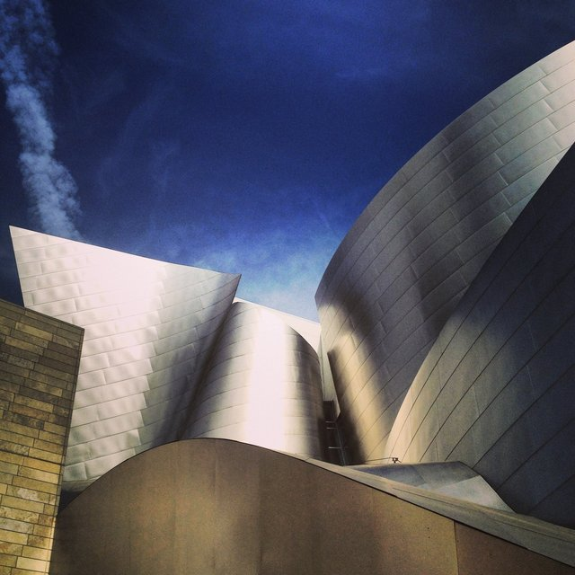 WALT DISNEY CONCERT HALL - GOLD 19
