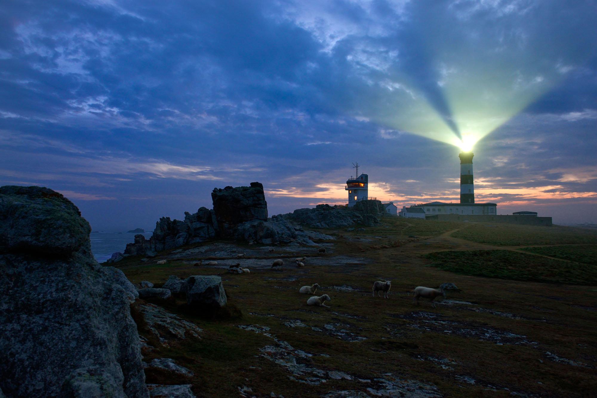 Ouessant, pointe de Pern, phare de Créac'h, Finistère