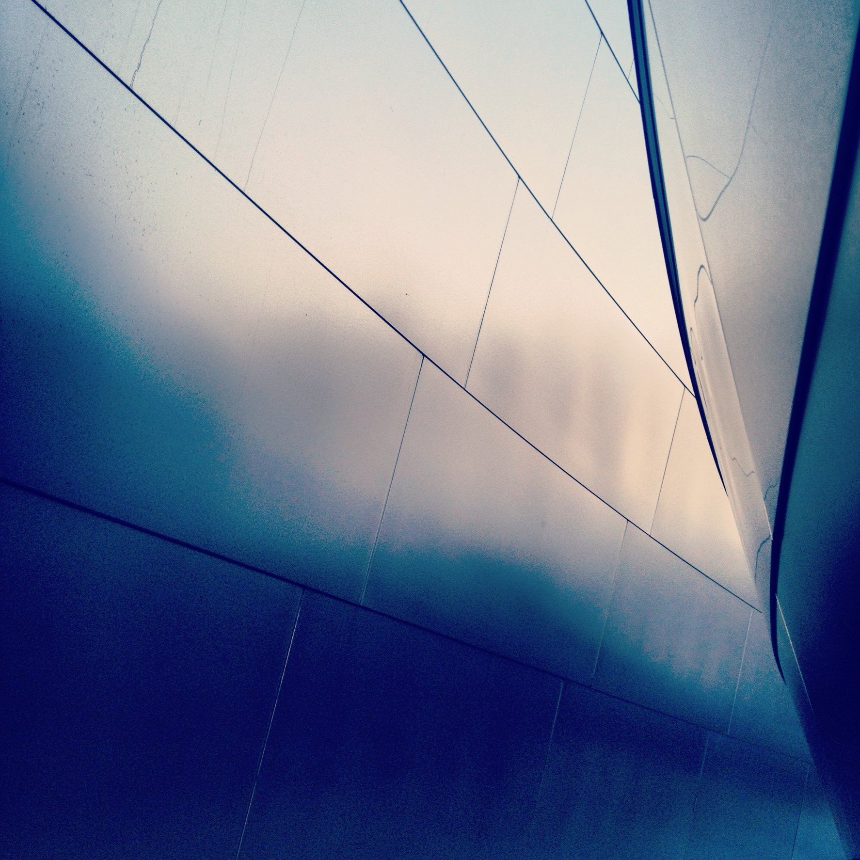 WALT DISNEY CONCERT HALL - BLUE 14