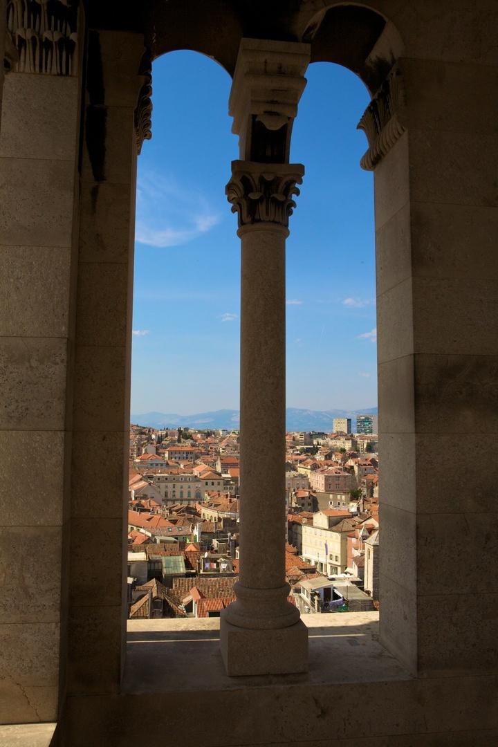Torre dos Sinos do Palácio Diocletian