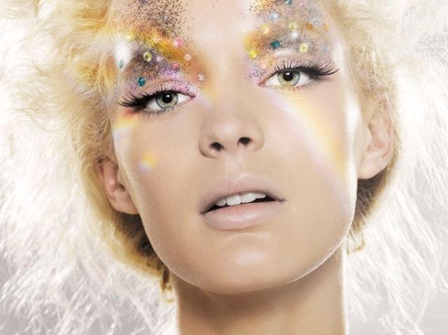 Indira-Cesarine-Rainbow.jpg