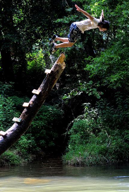 072209 jumping.JPG