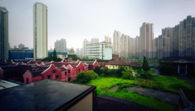 Shanghai,-China,-2008.jpg