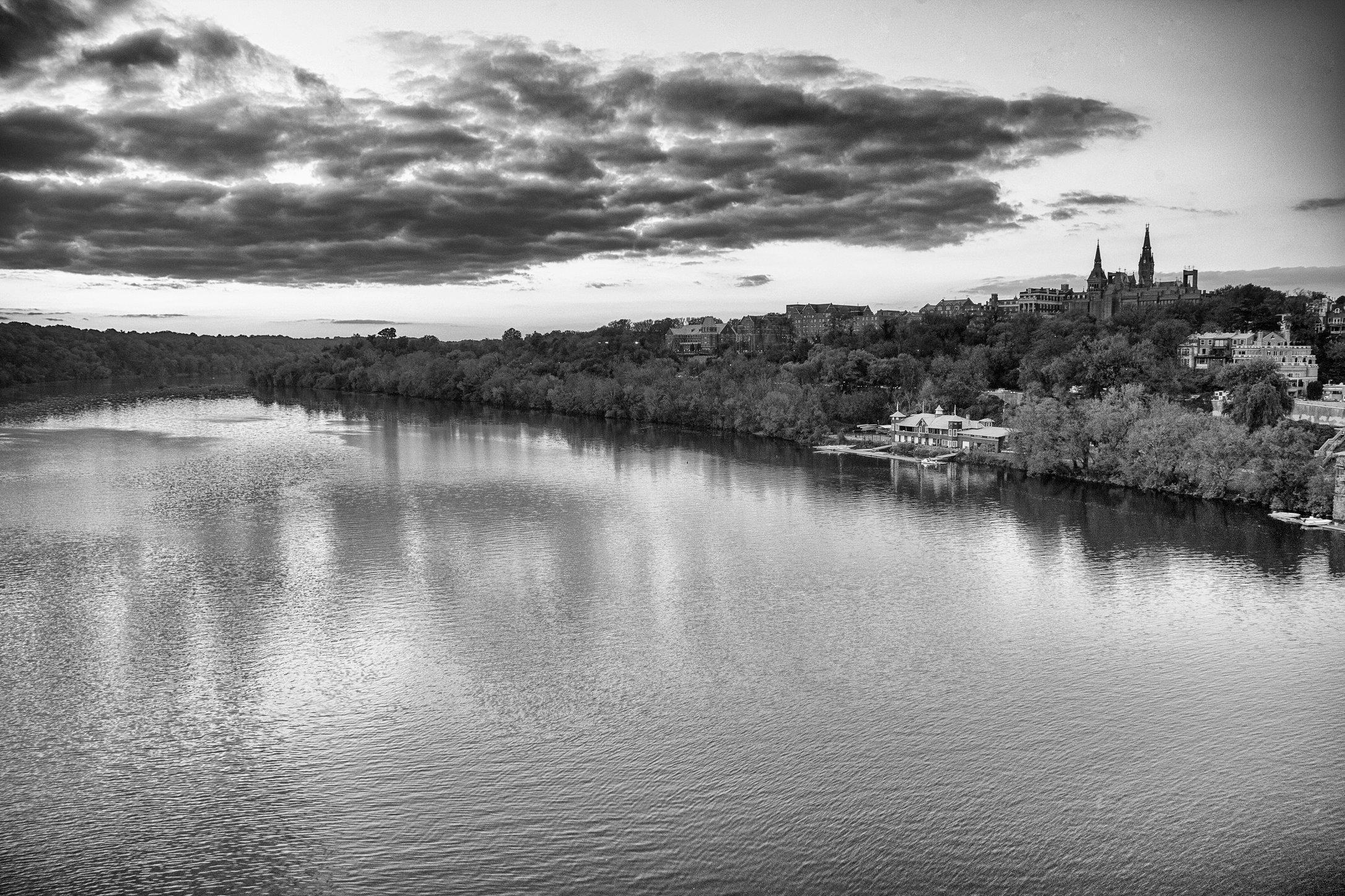 GT river H BW.jpg