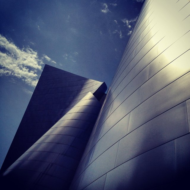 WALT DISNEY CONCERT HALL - BLUE 29