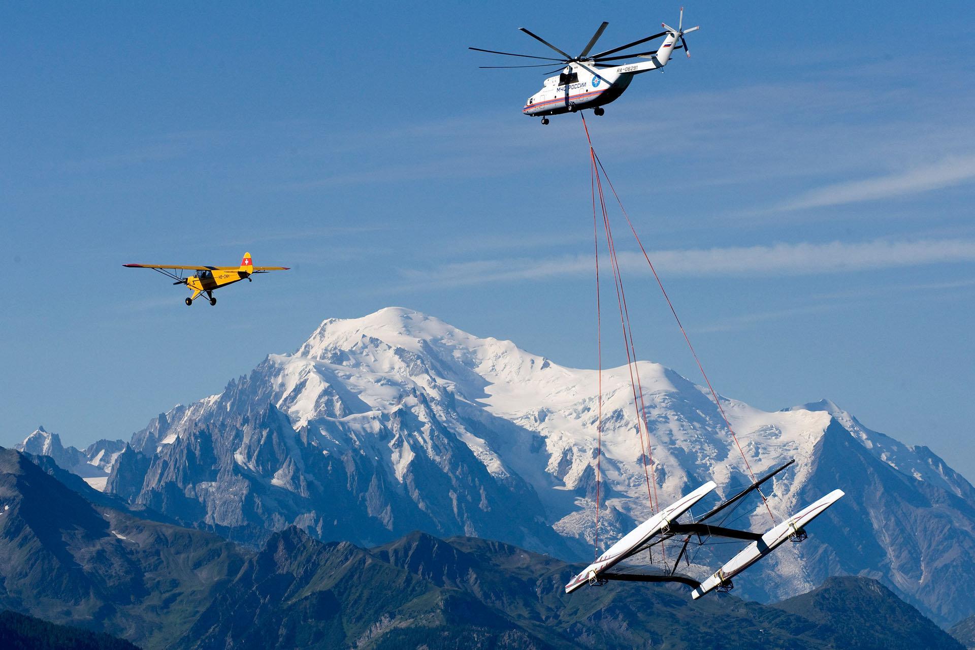 Alinghi 5 - Mont-Blanc - 2009