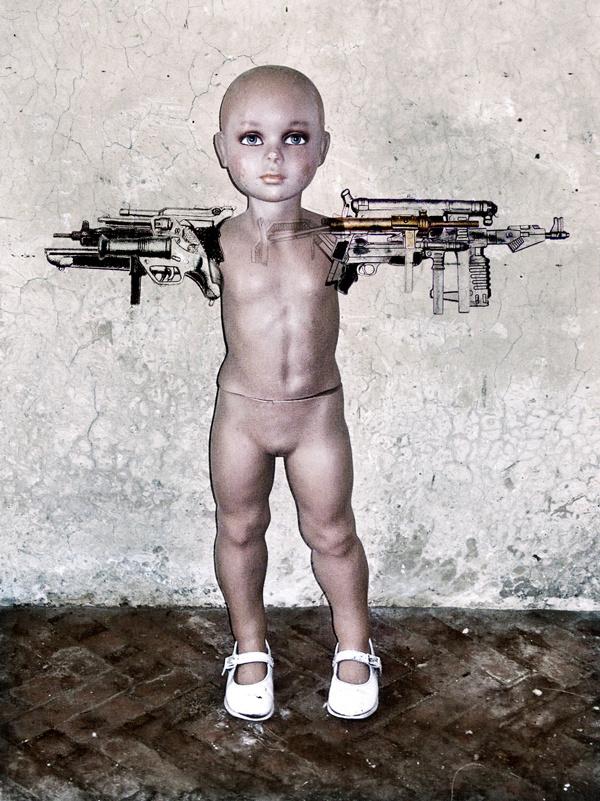 poupée armes def..jpg