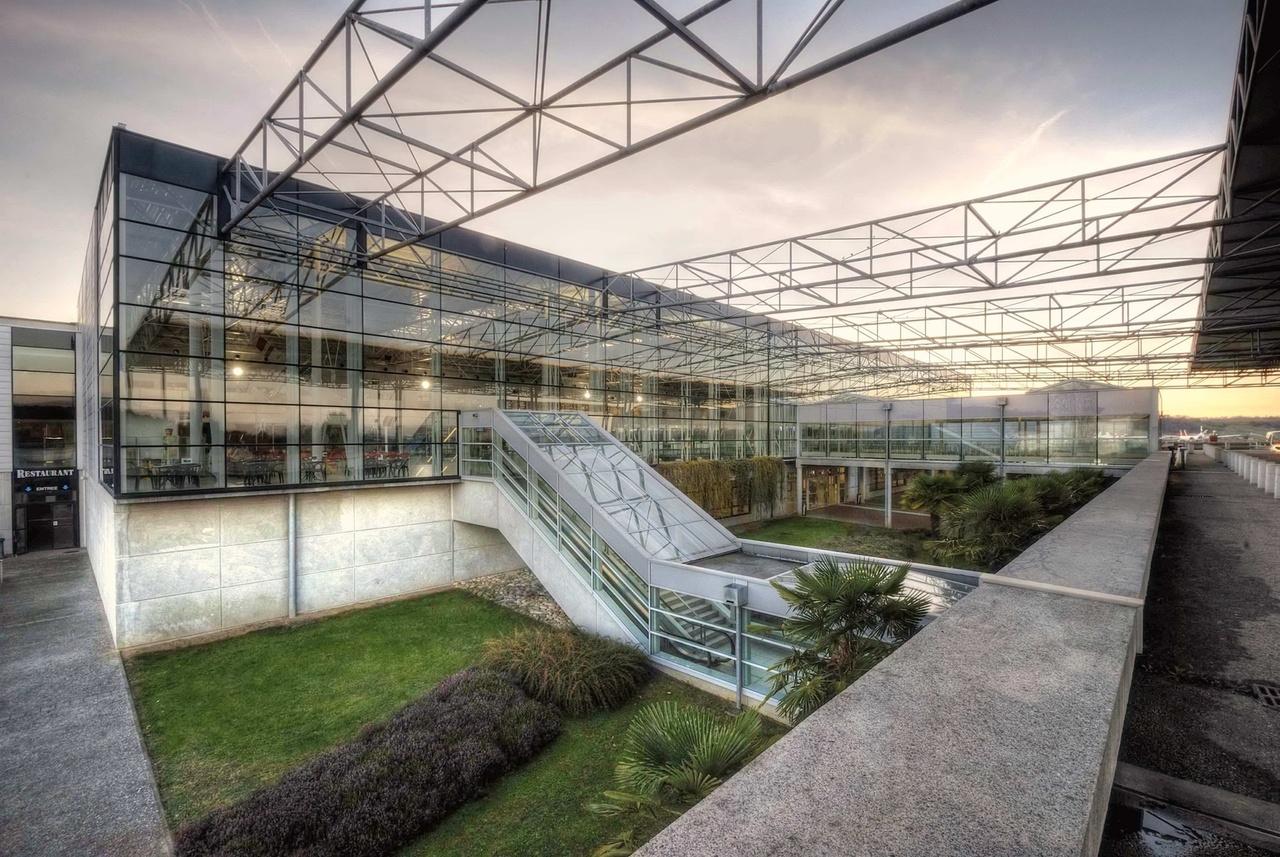 Photographe en architecture tarbes studio derozier for Constructeur maison contemporaine tarbes