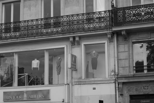 deuxieme étage - les mannequins no. 1