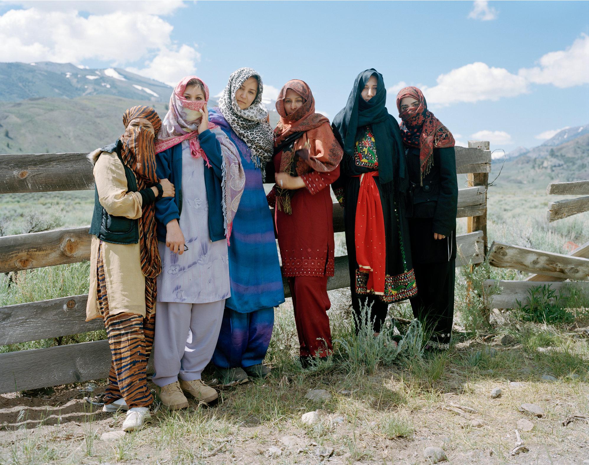 18_200906403_afghan_women.jpg