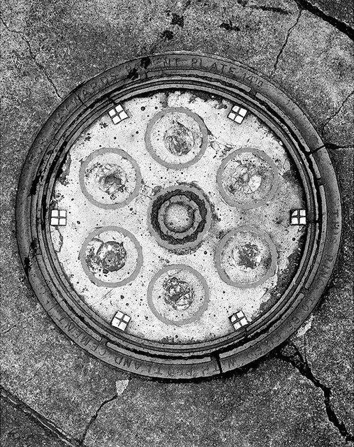 Manhole-1.jpg