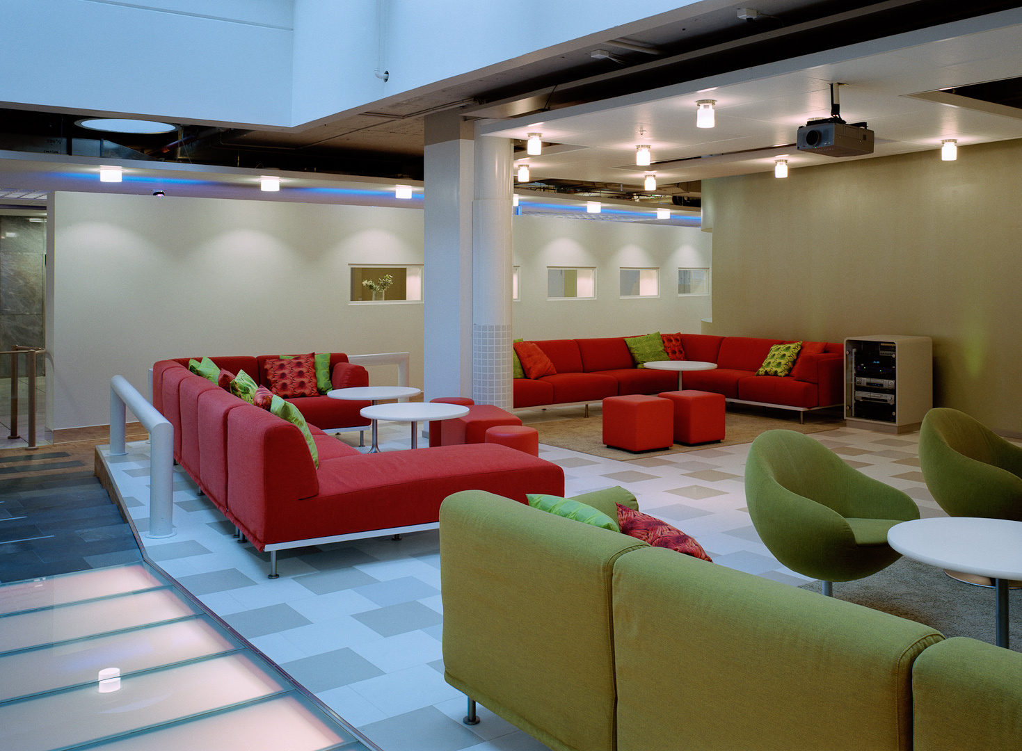 mp_IBM_lounge.jpg