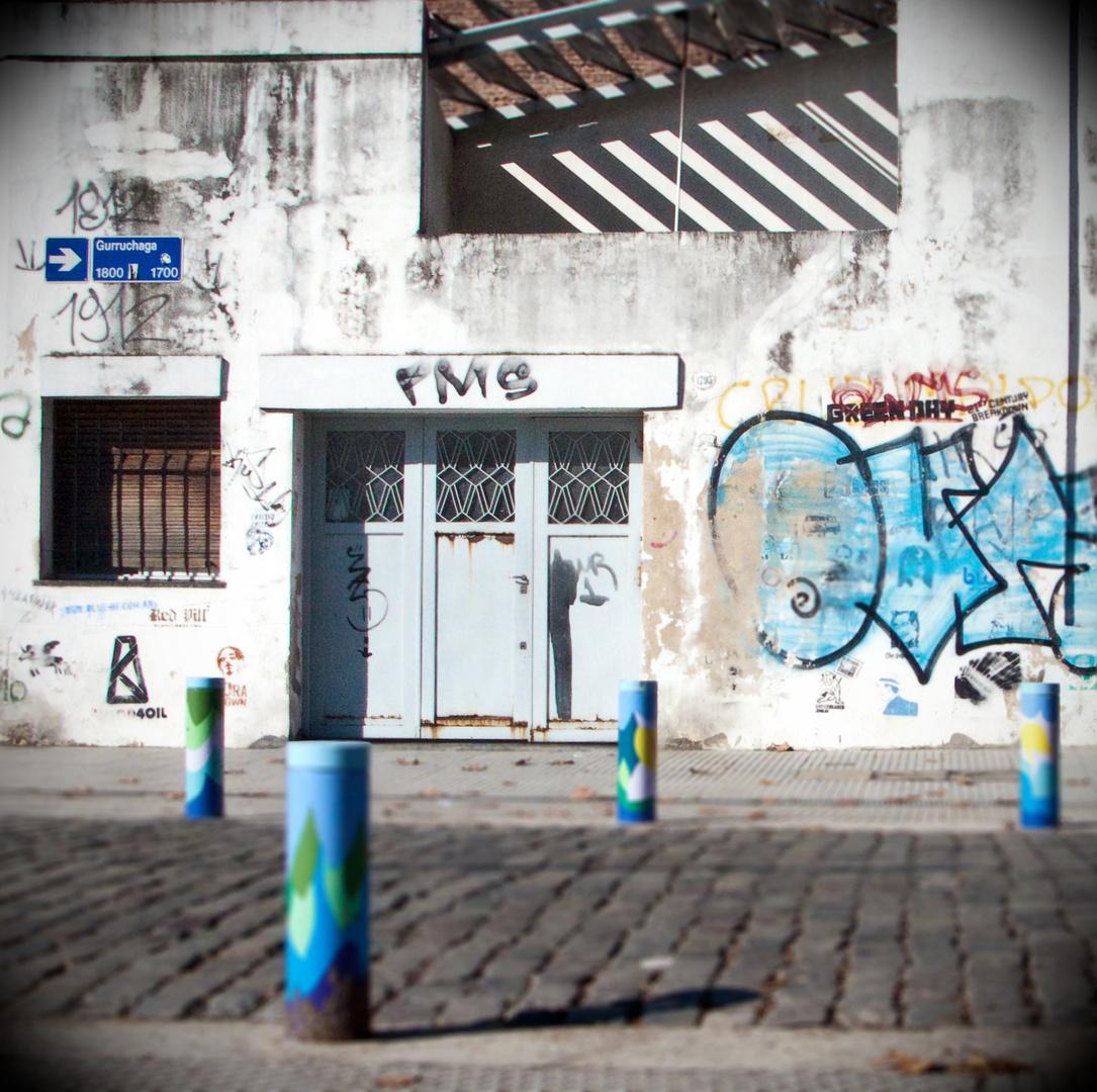ArgentinaStreetBlue.jpg