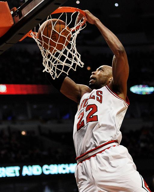 hspts_fri0427_Bulls_Cavaliers1.jpg