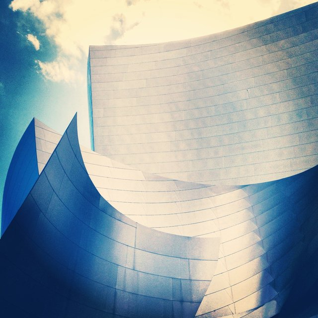 WALT DISNEY CONCERT HALL - BLUE 25