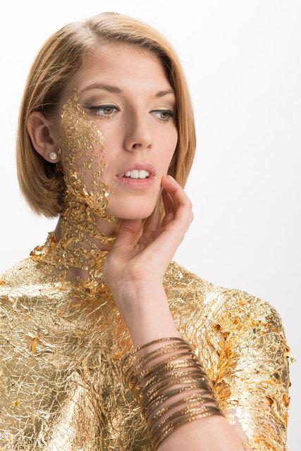Emma gold portrait 1 8 bit web.jpg