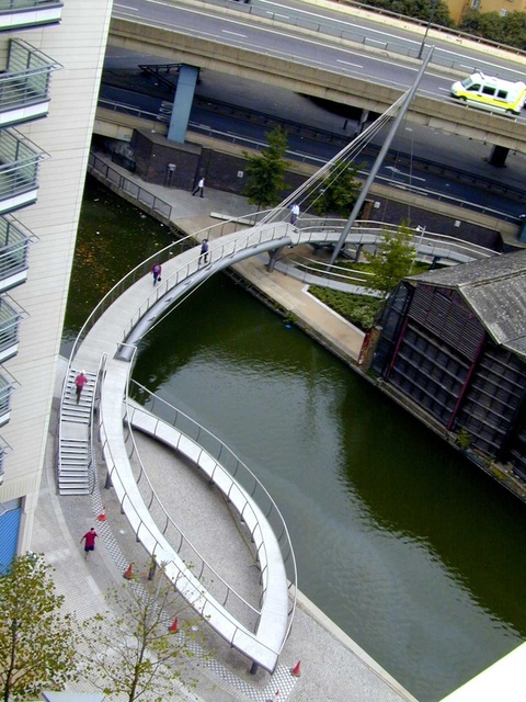 Grand Union Canal Pedestrian Bridge - Exterior Perspective
