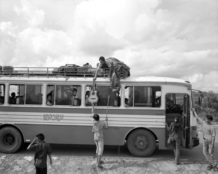 bus to E. Laos.jpg