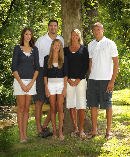 BH3_5802 FAMILY.jpg