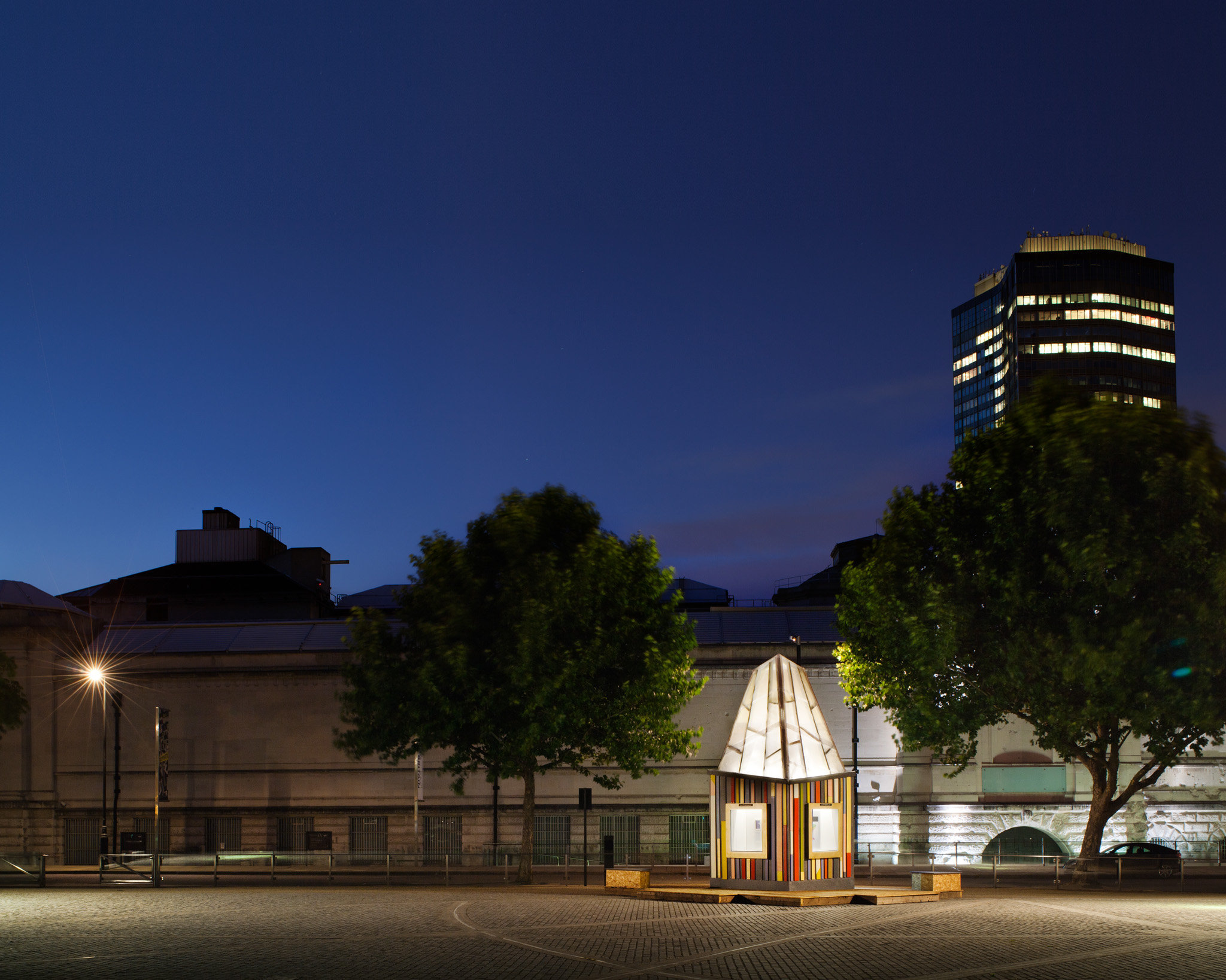 4m2 Gallery Pavilion, London. Quay2c Architects