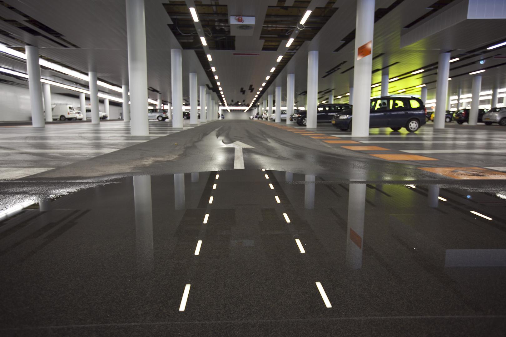 NL_Nieuwegein_Parking_Stadhuis_Interior_2012_RS-10.jpg