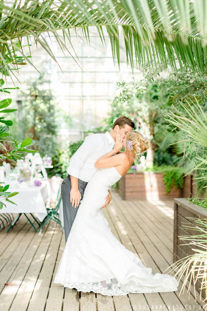 I love weddings