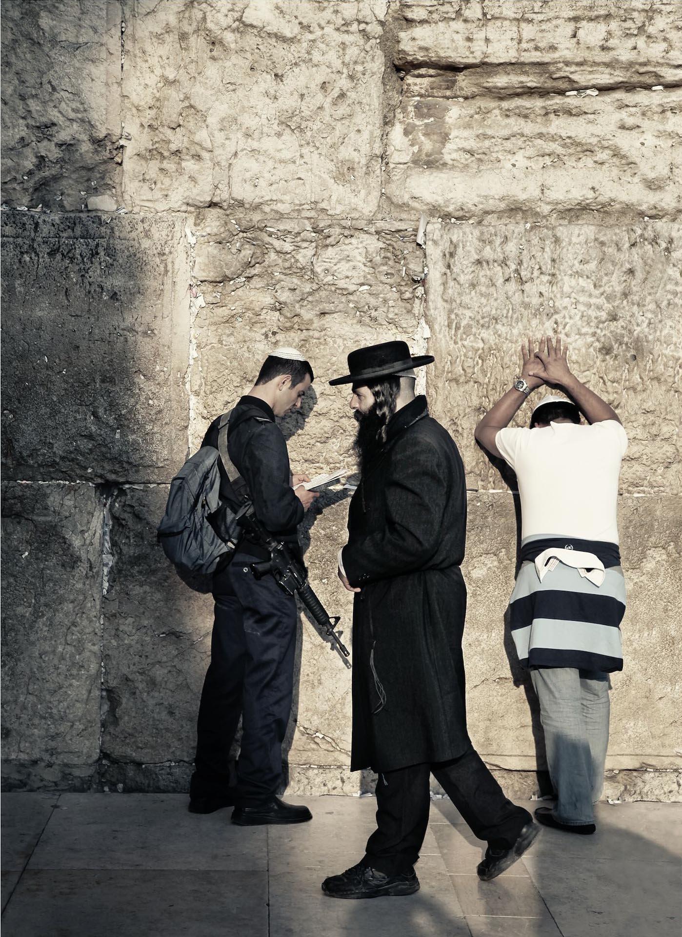 Israel-western wall- Kenneth.jpg
