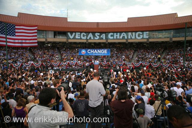 9_17_08_B_obama_vegas#3412B.jpg