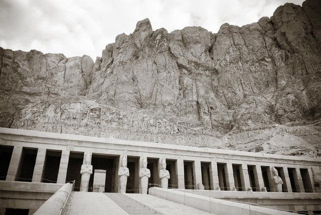 Luxor III